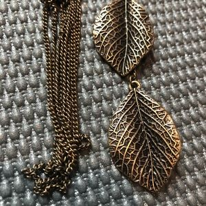 Long leaf necklace rustic gold